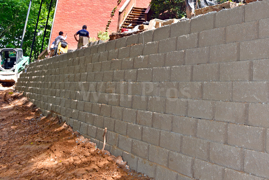 retaining wall replacement project during