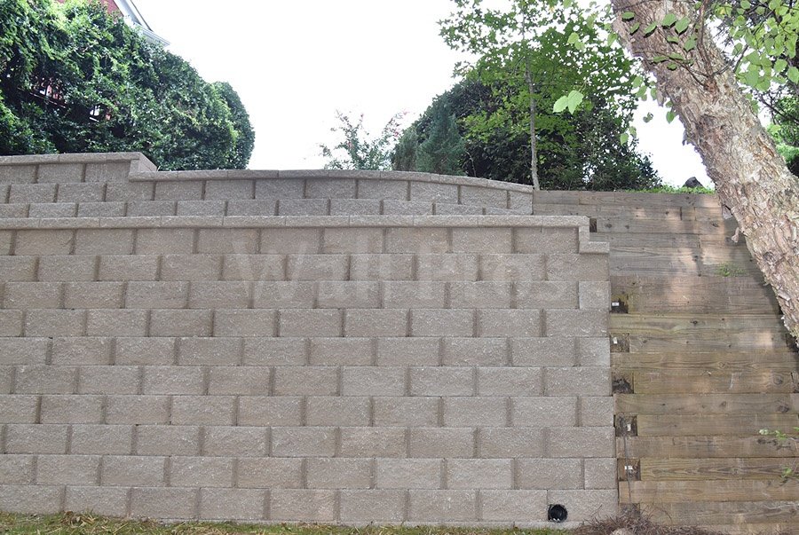 retaining wall replacement project