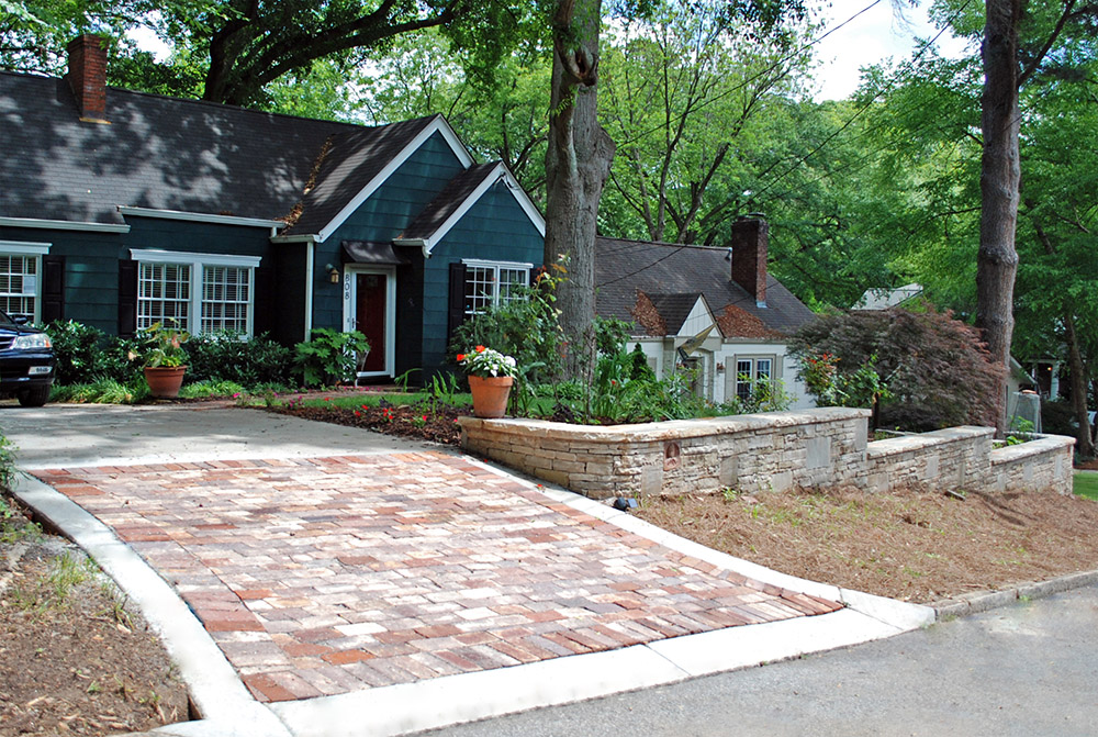 Wall pros residential retaining walls for Driveway apron ideas